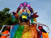 В Мадриде состоялся масштабный гей-парад - фото 2