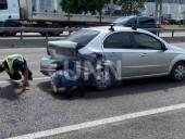 В Киеве таксист Uber протаранил легковушку - фото 4