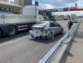 В Киеве таксист Uber протаранил легковушку - фото 2