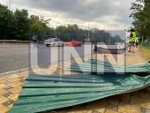 Безумная поездка на 30-летие: в Киеве мужчина на арендованном спортивном Ford Mustang попал в ДТП - фото 3