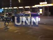 В Киеве пьяный водитель став виновником двойной ДТП: три человека госпитализированы - фото 4