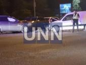 В Киеве пьяный водитель став виновником двойной ДТП: три человека госпитализированы - фото 5