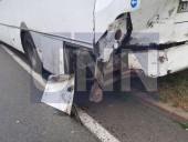 """Жуткая ДТП на Богатырской: водитель """"Газели"""" травмировал руку, а пассажир автобуса - голову - фото 4"""