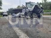 """Жуткая ДТП на Богатырской: водитель """"Газели"""" травмировал руку, а пассажир автобуса - голову - фото 7"""