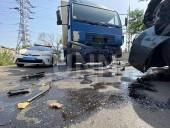 В Киеве произошла тройная ДТП: один из участников сначала скрылся с места аварии, но через полчаса вернулся - фото 2