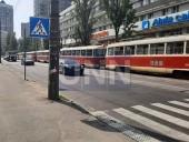 """Незначительное ДТП вызвало """"транспортный коллапс"""" на Подоле - фото 3"""