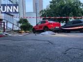 В Дарницком районе Киева разбился насмерть мужчина, выпав из окна многоэтажки - фото 2