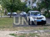 Ворвался в квартиру и порезал ножом двух женщин: в Киеве мужчина совершил жестокое нападение - фото 1