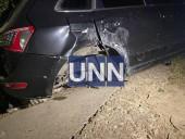 В Киеве во время обгона водитель влетел в столб: ее проверят на наличие алкоголя в крови - фото 6