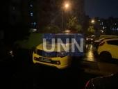 В Киеве женщина выпала из окна многоэтажки: подозревают убийство - фото 1