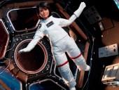 Европейское космическое агентство отправило в космос куклу Барби - фото 2
