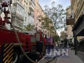 Пожар в доме в центре Киева: сгорело 200 кв. м, жертв нет - фото 3