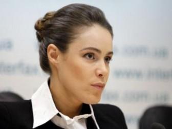 Н.Королевська вчитиме українську і надалі ходитиме до Ради