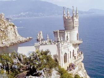 На травневі свята у Криму очікують 150 тисяч туристів
