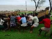 The number of victims of Mahasen cyclone in Bangladesh rose to 14 people (updated photo, video)