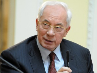 Barricades in Kiev only cause damage to Ukraine  - M.Azarov