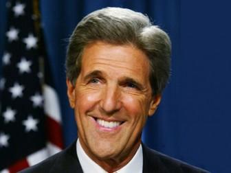 Госсекретарь США Д.Керри прилетел в Киев
