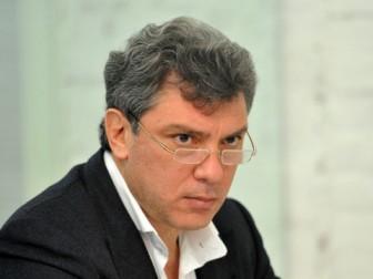 Путин уничтожил федерализм в России, а теперь предлагает его Украине - Немцов