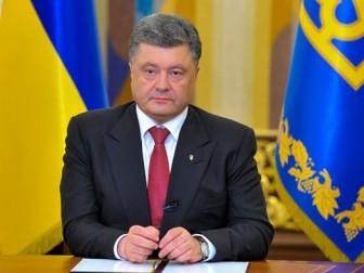 Возле Администрации Президента задержали чиновника. Предположительно, на получении взятки, - нардеп Ризаненко - Цензор.НЕТ 8428