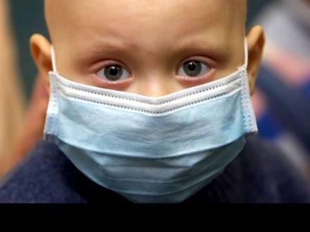 За кордоном через недовіру до українського уряду відмовляються рятувати онкохворих дітей