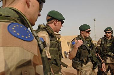 Глава Еврокомиссии выступил за создание армии Евросоюза