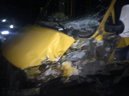 НаКиївщині маршрутка потрапила уДТП, травмовані п'ятеро людей