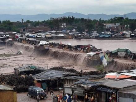 В итоге наводнений вПакистане погибли около 60 человек