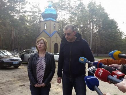 Батьки Тараса Познякова попросили журналістів публікувати правдиві дані
