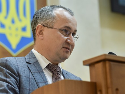 З'явилось відео спаленого вночі кабінету судді усправі російських ГРУшників