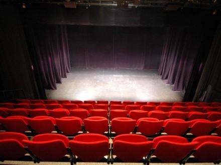 Кількість театрів в Україні за 5 років скоротилась на 19,3%