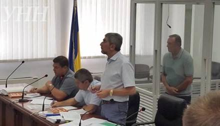 Ефремов обвинил Луценко впопытке давления наАпелляционный суд