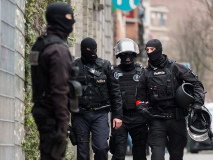Три человека задержали впроцессе антитеррористических рейдов вБрюсселе
