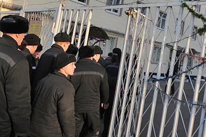 Около ста заключенных водесской колонии устроили бунт