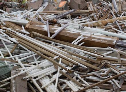 Полтавці закликали міськраду утилізувати ртутні відходи