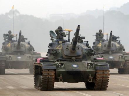 Три человека погибли в итоге  падения танка вреку наТайване