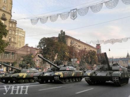 Генеральная репетиция парада неповредила асфальт— Киевавтодор