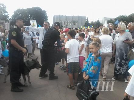 На головному майдані у Хмельницькому відзначають День незалежності України 4ea9df9f09c06