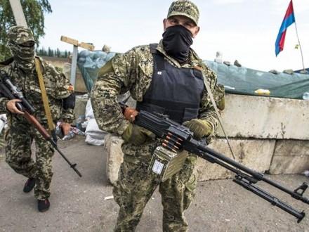 Боевики из«Градов» изенитных установок обстреляли позиции сил АТО— штаб