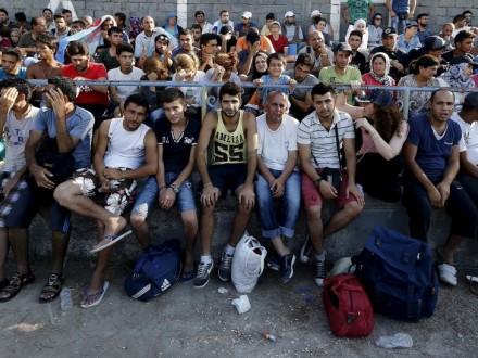 ВоФранции хотят пересмотреть соглашение огранице сБританией из-за беженцев