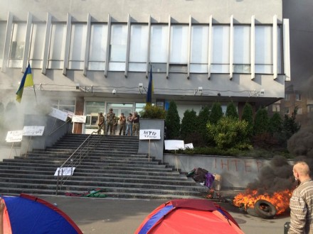 Пожар вофисе «Интер» могли организовать сами работники канала — МВД Украины