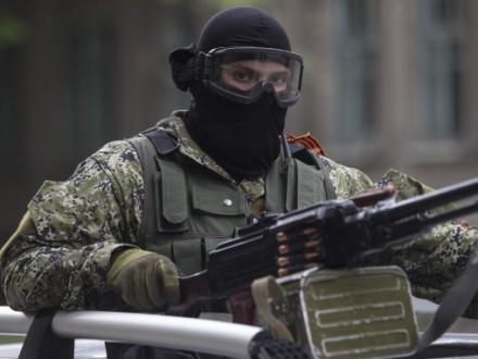 Под Мариуполем сегодня избивали изгранатометов ивооружения БМП