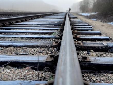 ВПолтаве пассажирский поезд сбил мужчину