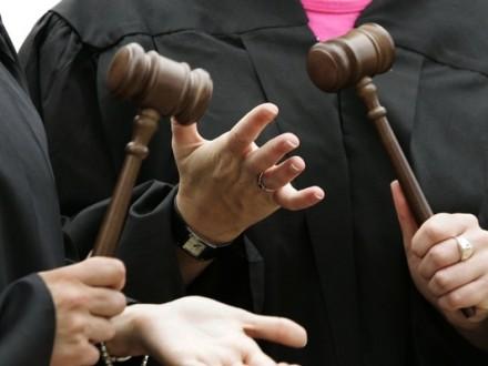 Рада уволила еще полтысячи судей
