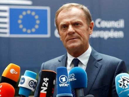 Туск призвал Англию поспешить спереговорами поBrexit