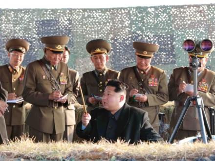 Бомбардировщик США впервый раз пролетел вдоль границы между Северной иЮжной Кореей