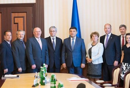Кабмин иВсемирный конгресс украинцев подписали меморандум осотрудничестве