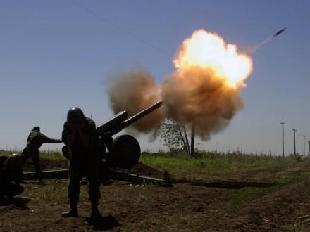 Запрошедшие сутки взоне АТО погибли двое украинских военных, 8— ранены