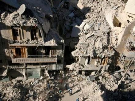 АвиацияРФ возобновила массивные бомбардировки восточного Алеппо