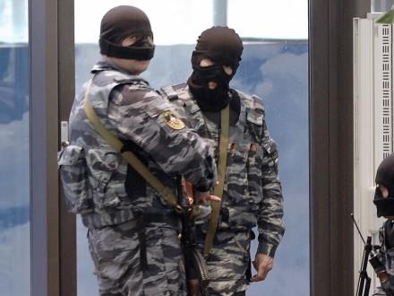 ФСБ проводить масові обшуки вбудинках кримських татар,— Смедляєв