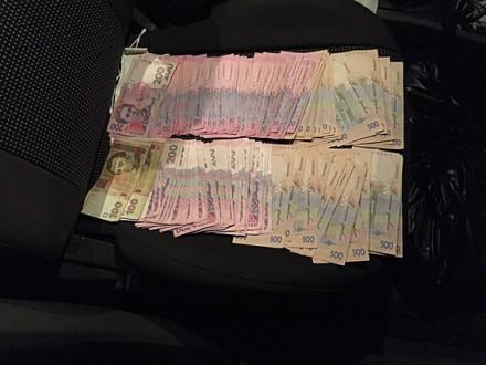 Чиновник КГГА «погорел» навзятке в52 тысячи грн